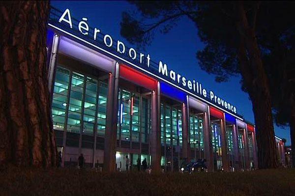 arrêt taxi de nuit aéroport marseille provence